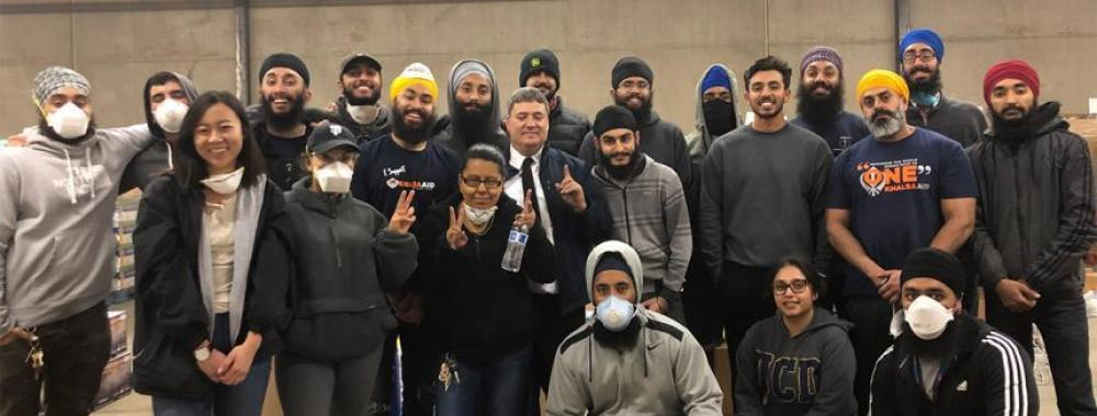 UC Davis Sikh Cultural Association and UC Davis alumni help Salvation Army with donations to Camp Fire victims